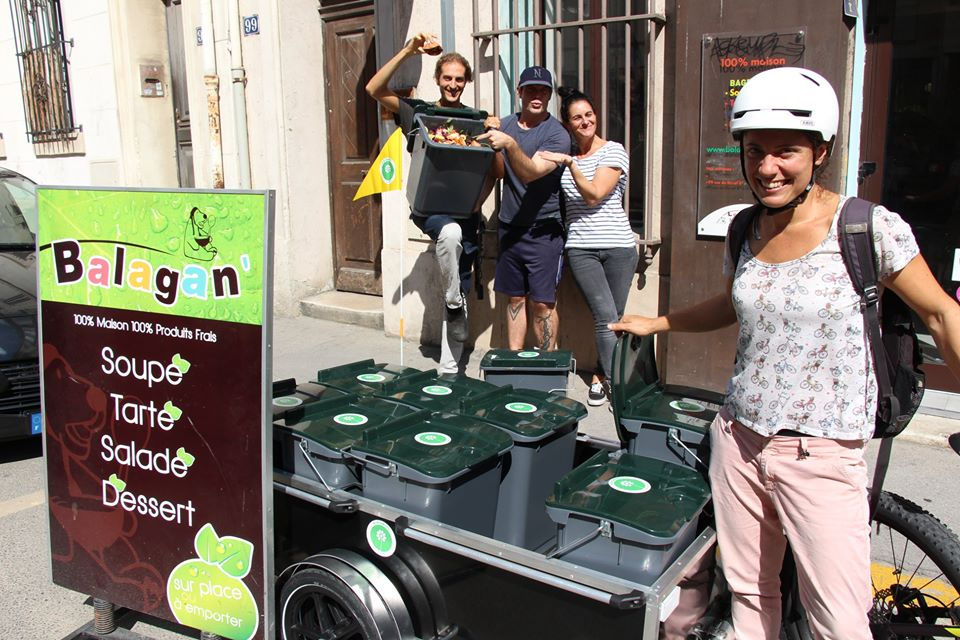À Marseille, Les Alchimistes transforment les déchets alimentaires en compost